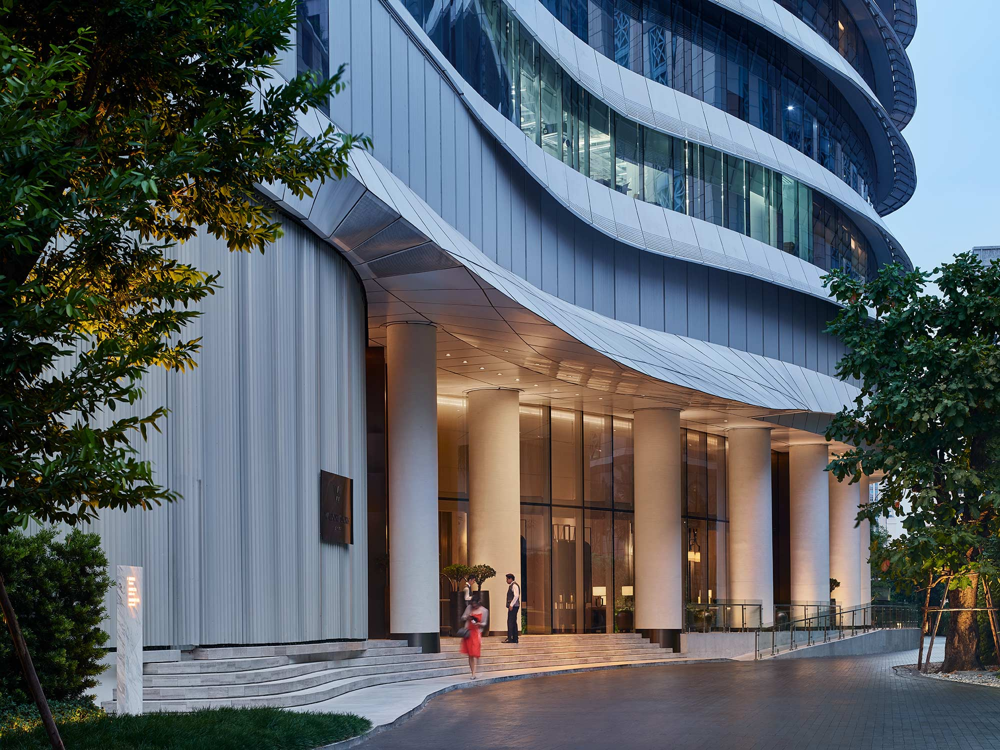 Owen Raggett, architectural photographer, Singapore. Waldorf Astoria Bangkok