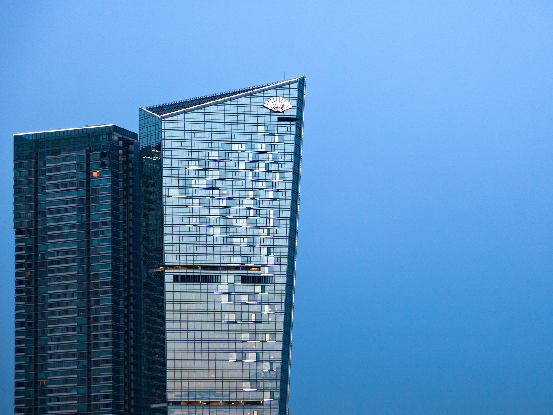 Owen Raggett, Architectural photographer Singapore. One Central Macau, Mandarin Oriental